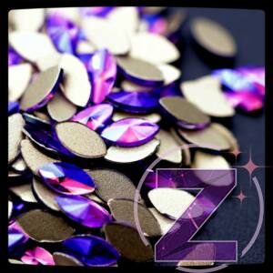 strassz formakő zabszem purple ab színben