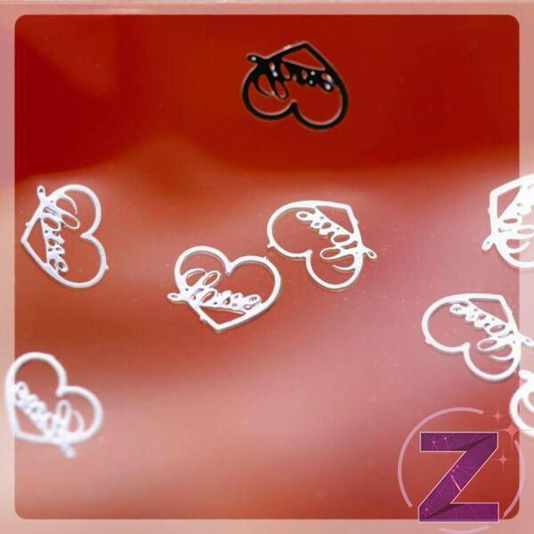 körömdekoráció vékony szív formájú lemez