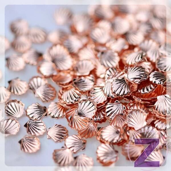 körömdekoráció nagy kagyló formában rose gold színben