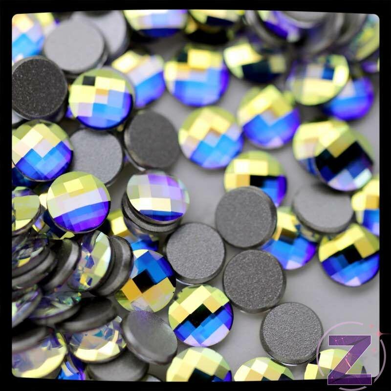 swarovski chessboard üveg forma körömdísz színjátszó színben