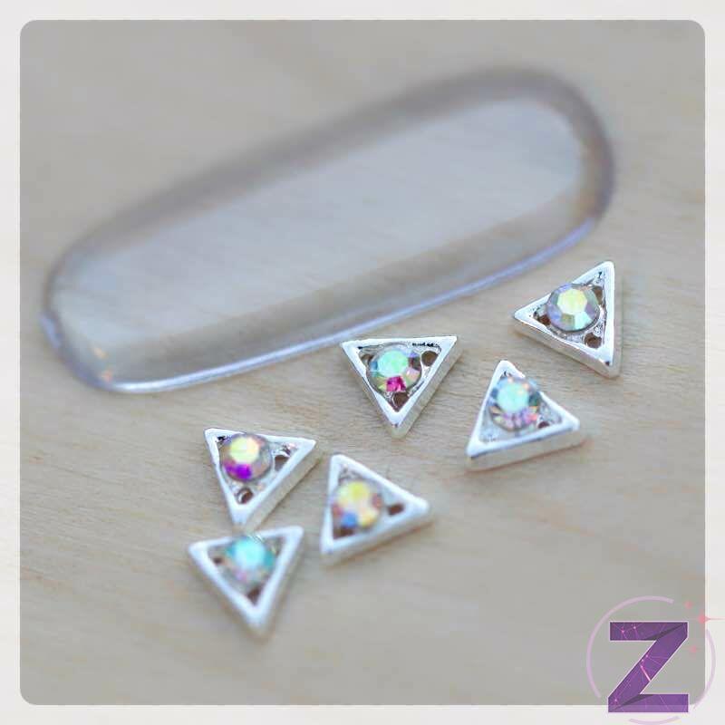 zodiac körömékszer ezüst háromszög színjátszó strasszkővel