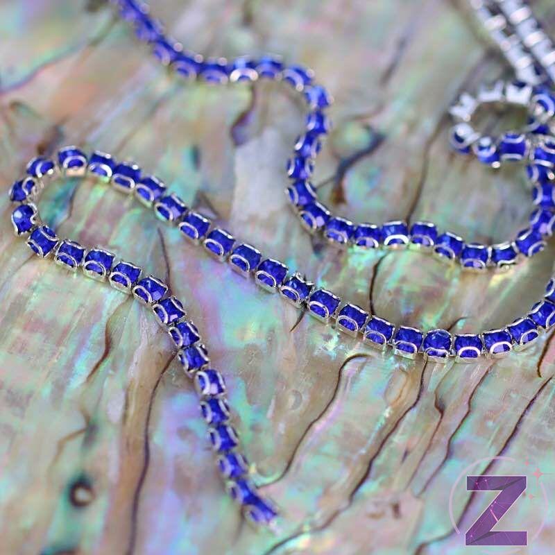 vékony lánc dekoráció sapphire színben