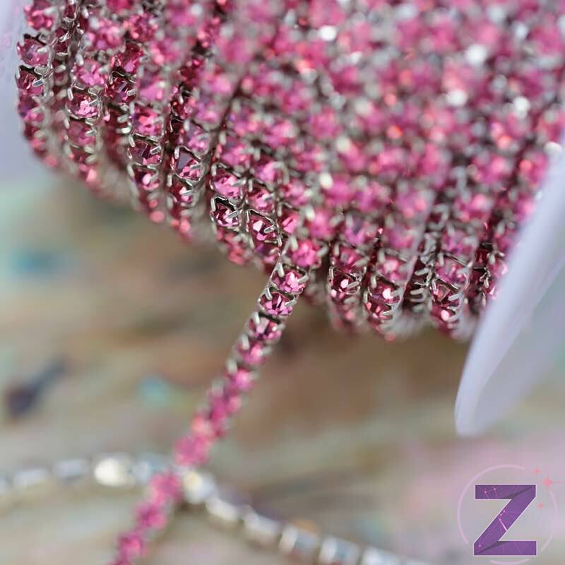 vékony strasszköves lánc dekoráció rose színben