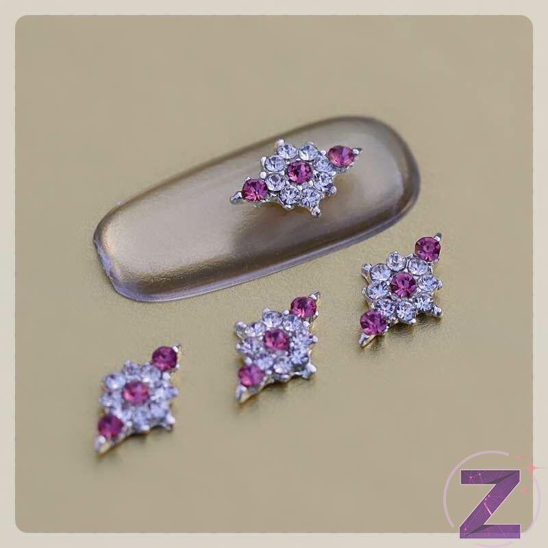 zodiac körömékszer crystal és rózsaszín strasszkövekkel