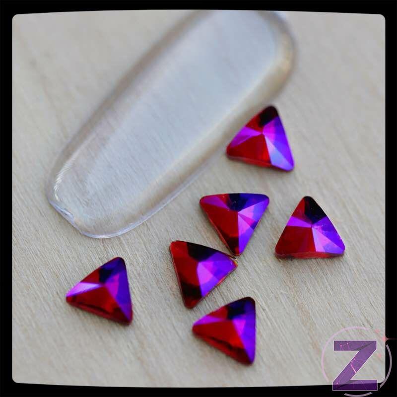 zodiac üveg háromszög forma körömdísz siam ab színben