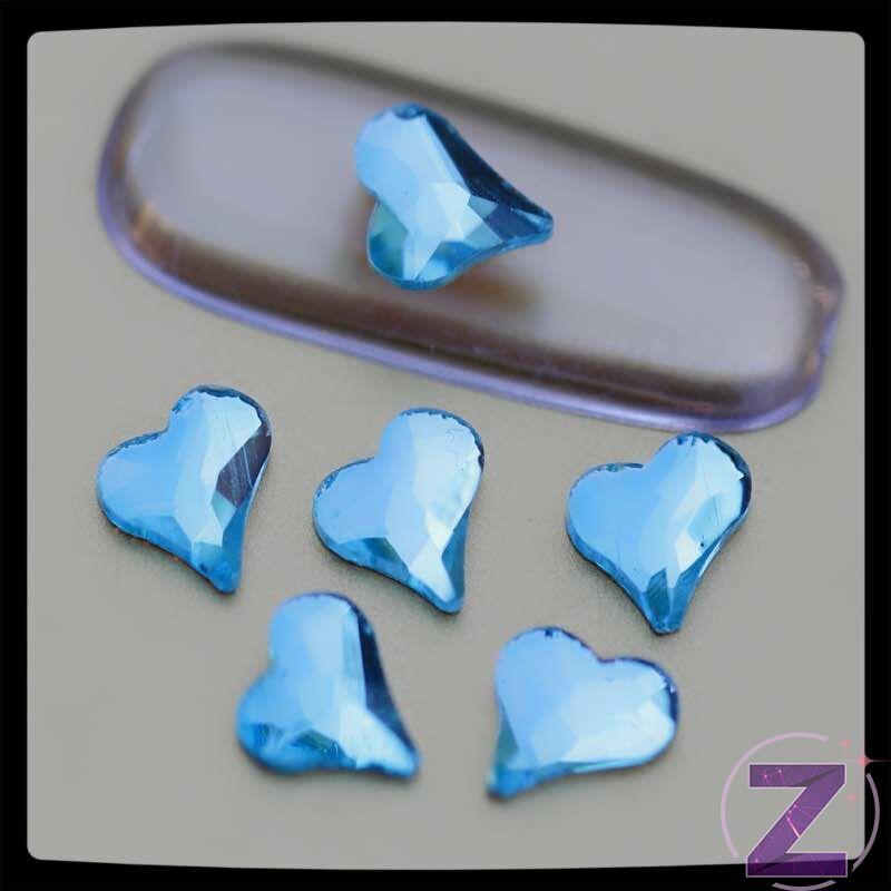 zodiac üveg forma körömdísz szív alakban aquamarine színben