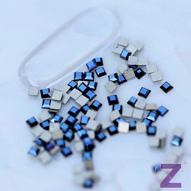 strassz formakő mini négyzet metallic blue színben