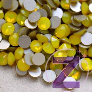 swarovski strasszkő ss5 méretben yellow opal színben