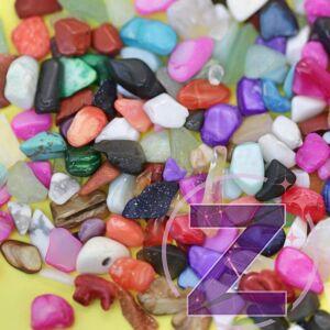 körömdekoráció színes nagyméretű kavicsok