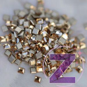 zodiac üveg mini négyzet forma light colorado topaz színben