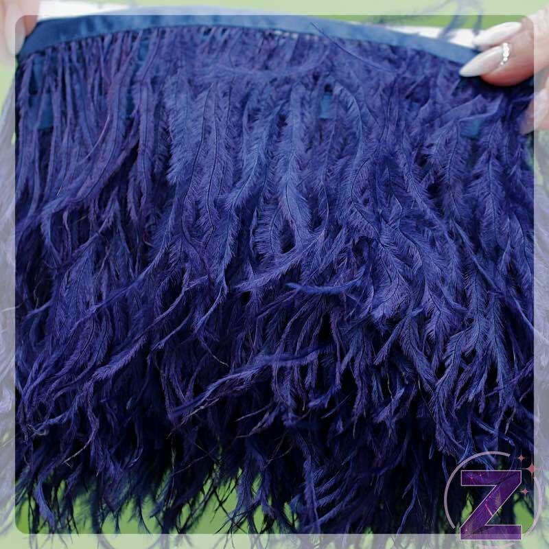 toll ruhadekoráció sötét lila színben