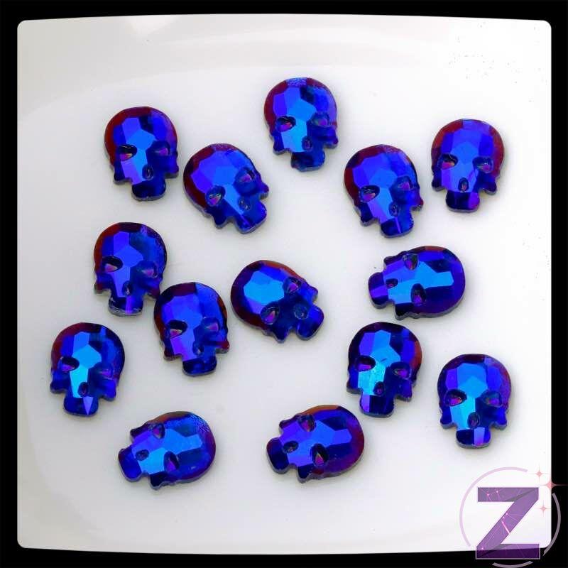 strassz formakő koponya forma sapphire ab színben